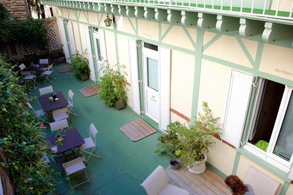 garden-hotel-1.jpg