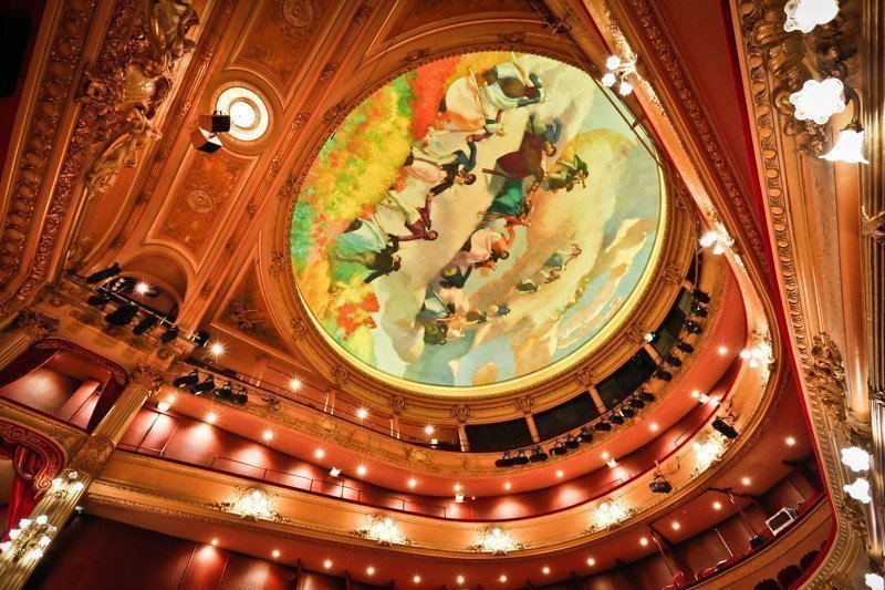 Plafond de L'opéra de Rennes