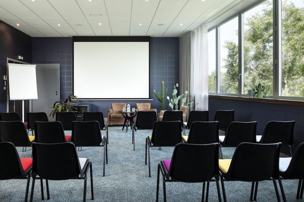Salle en format théâtre hôtel Isidore