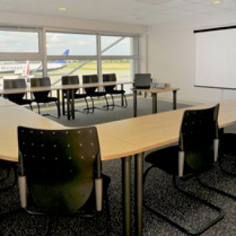 Centre d'Affaires Rennes aéroport - salle de séminaire